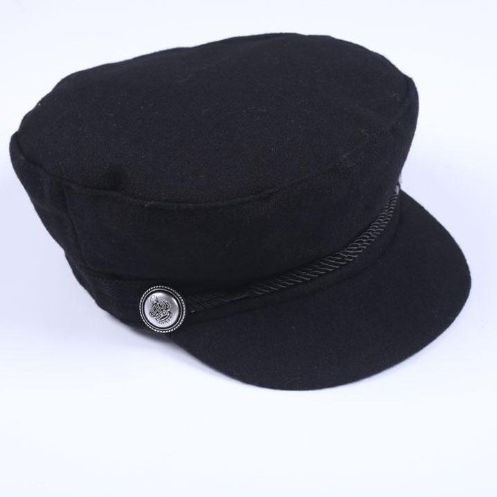 Street Wear Hat -Detailed Button on the Side Black Hat