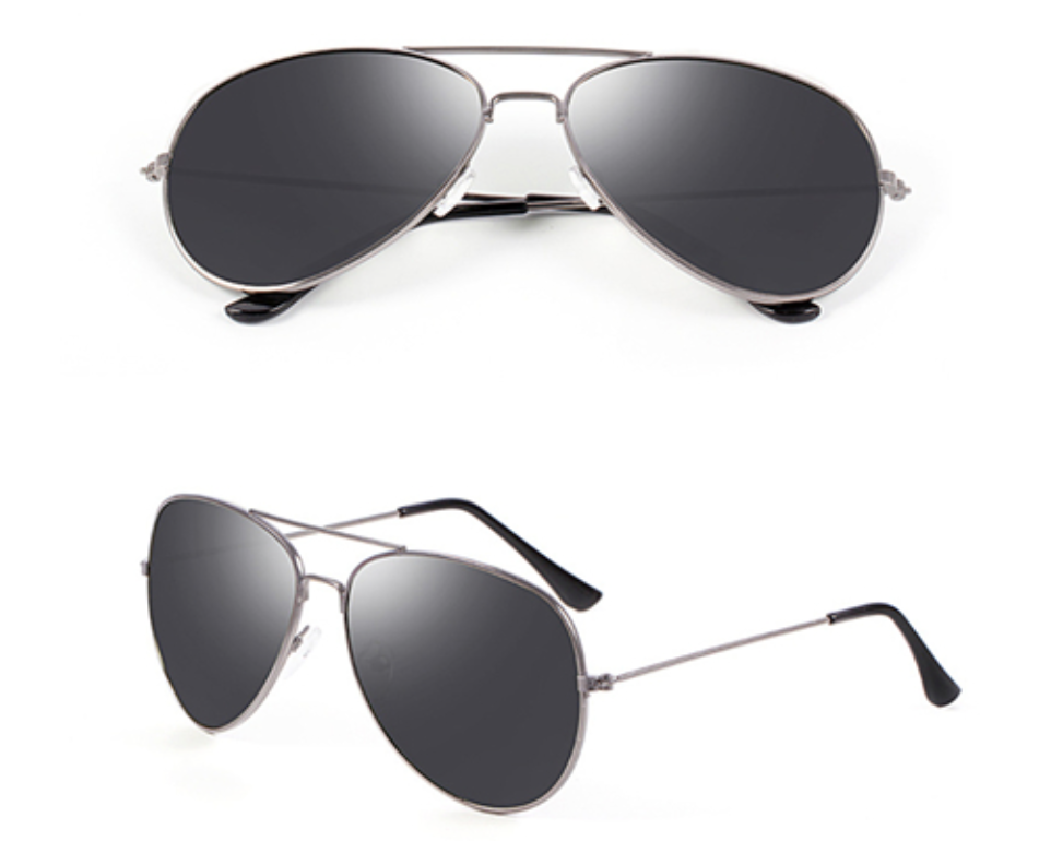 Chelsea Original - Silver or Gold w/ Smoke Lens - AW111