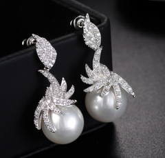 Shell Pearl Earrings with Platinum Plating and Clear Cut Crystals