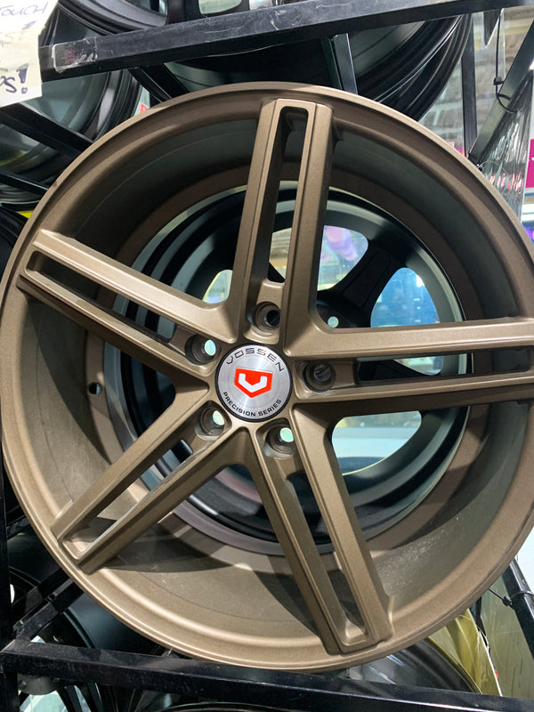 "bR 17"" Alloy Wheel Replica 17x7 5x114.3 ——CV2"