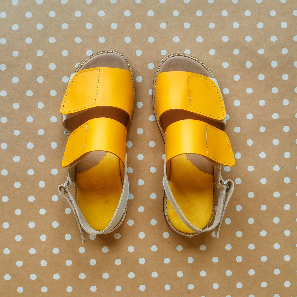 Yellow & white Women's Velcro Sandals