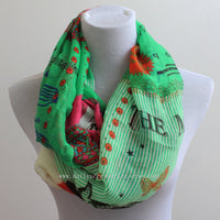 Green European Words Infinity Scarf - Bean Concept - Etsy