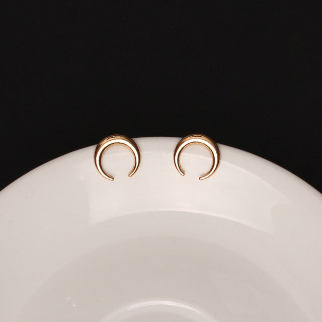 Circle Stud Earrings - Bean Concept - Etsy