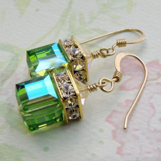 Gold and Green Dangle Earrings - Bean Concept - Etsy