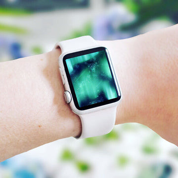 Aurora Apple Watch Digital Wallpaper - The Quirky Cup Collective