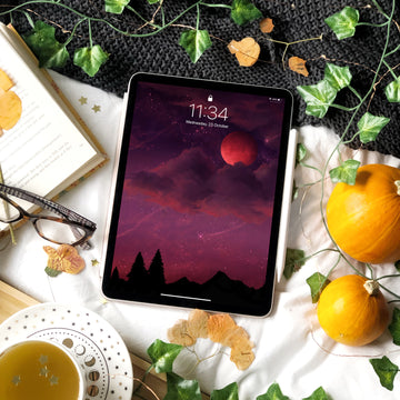 Spooky Season iPad Digital Wallpaper - The Quirky Cup Collective