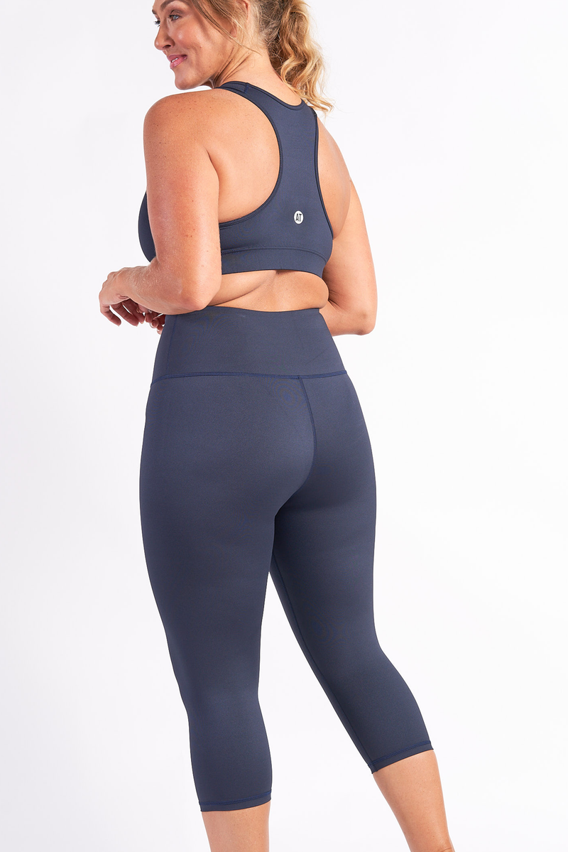3_4-length-gym-tights-midnight-large-back