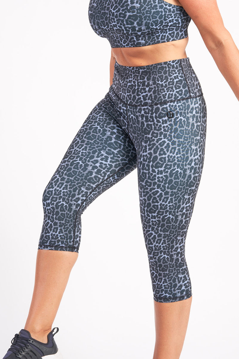 3/4-length-tights-grey-leopard-large-side