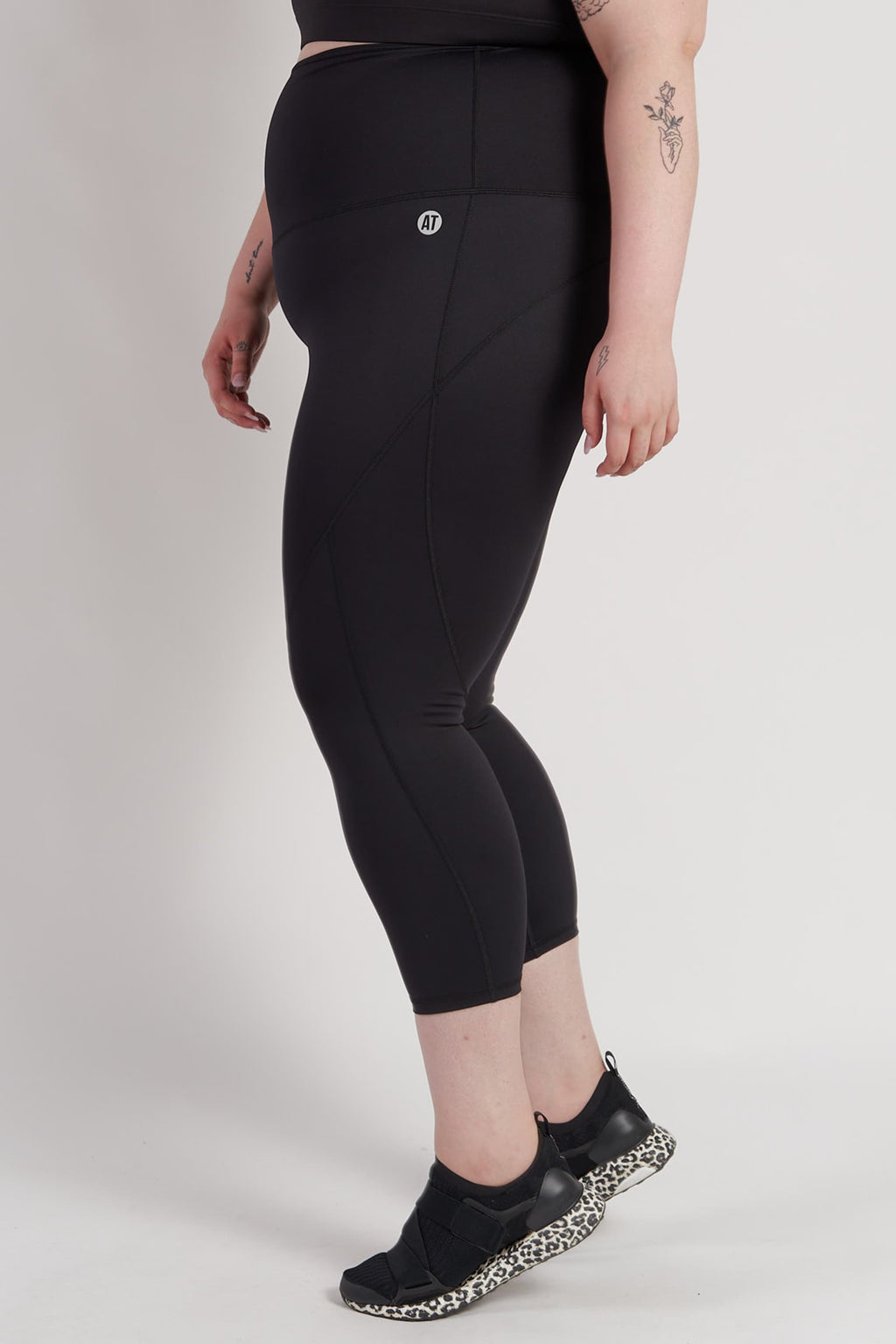 78-length-compression-tights-black-plussize-side