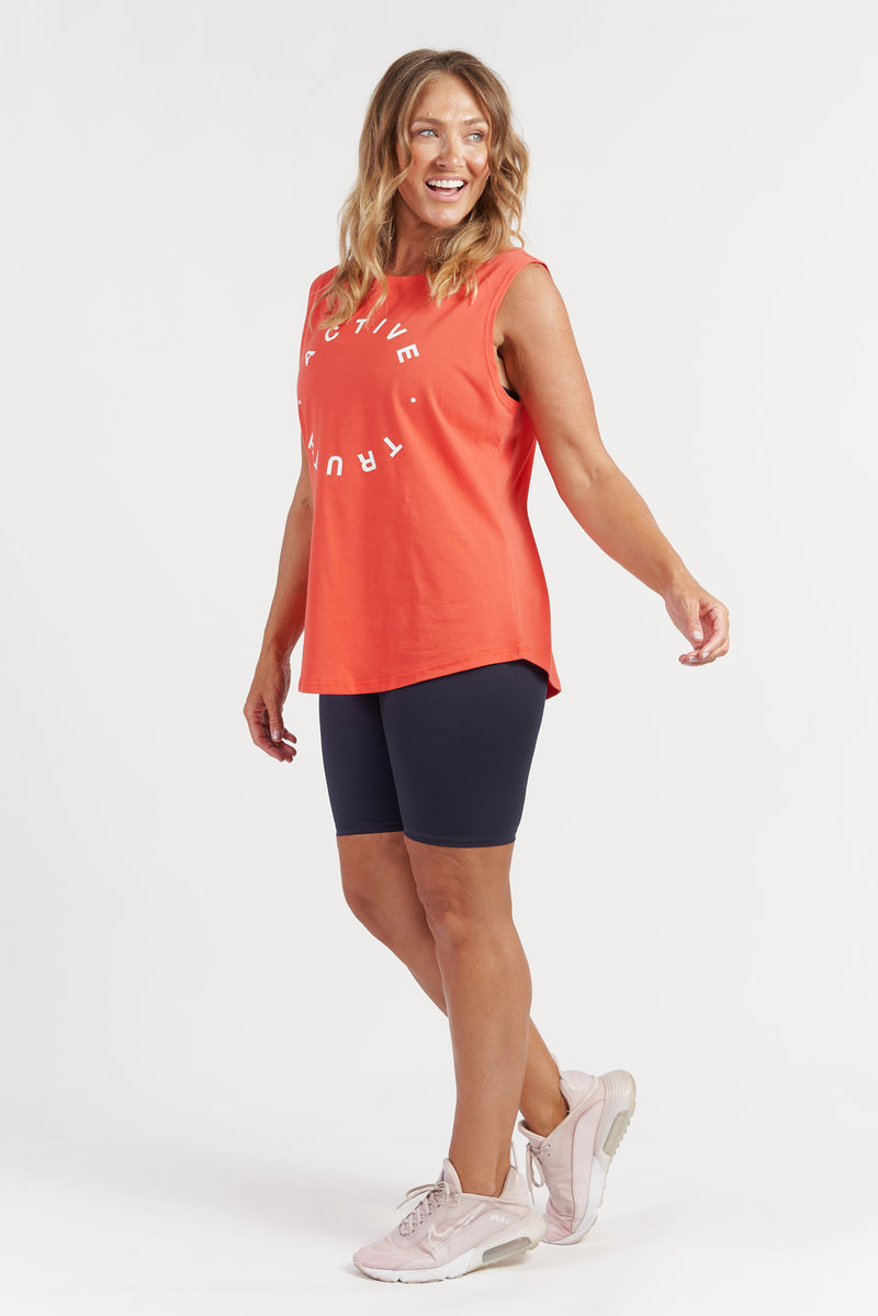 activewear-lightweight-crew-tank-red-side