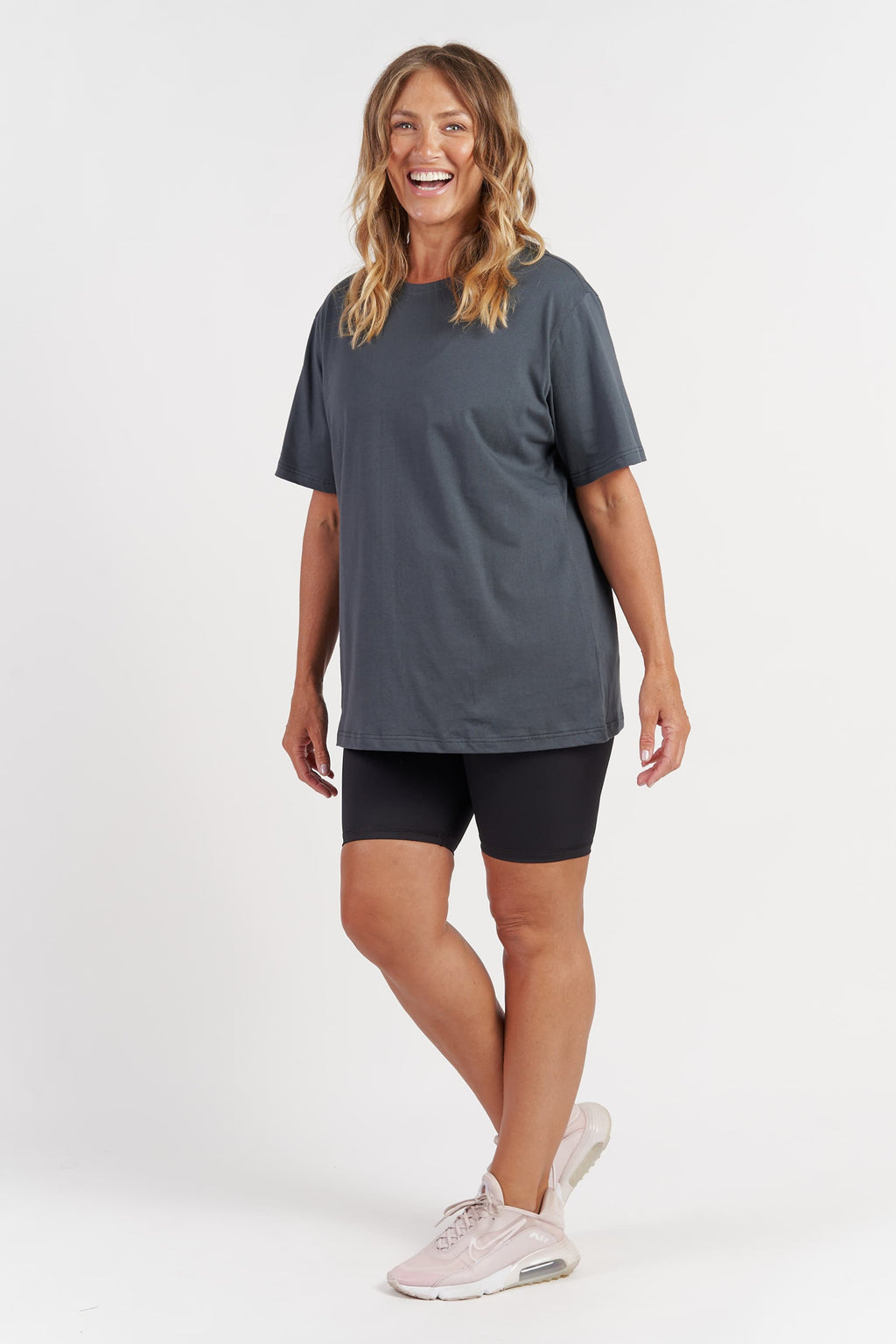activewear-oversized-tee-charcoal-large-side.