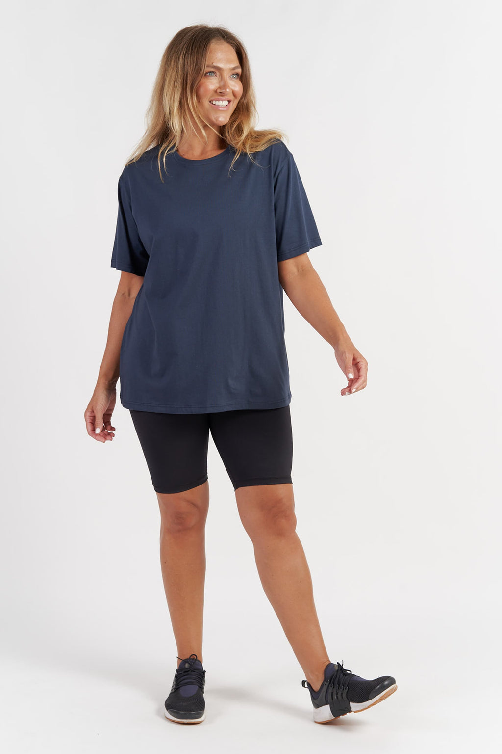 activewear-oversized-tee-navy-large-front