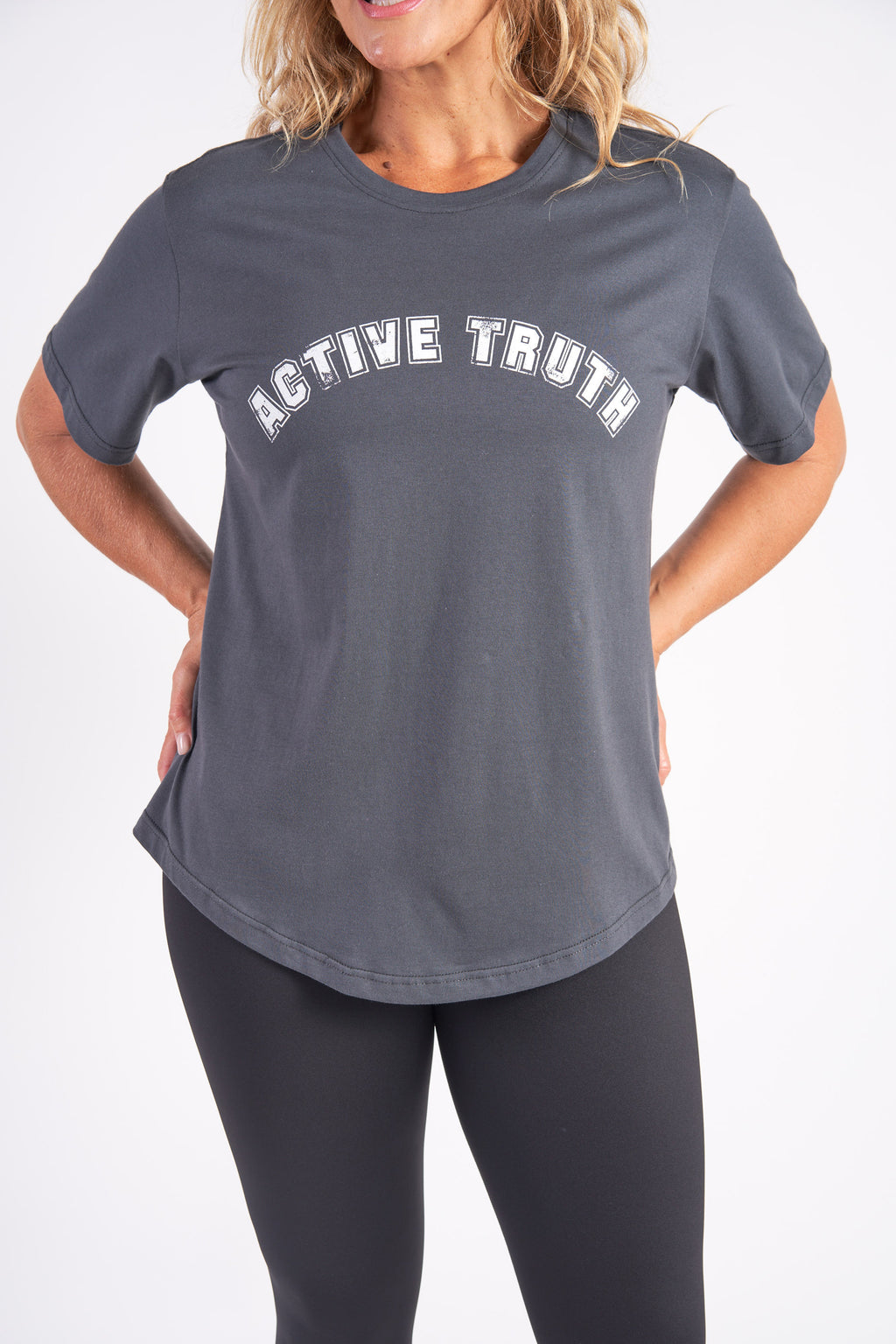 activewear-relaxed-crew-tee-organic-cotton-charcoal-large-front2