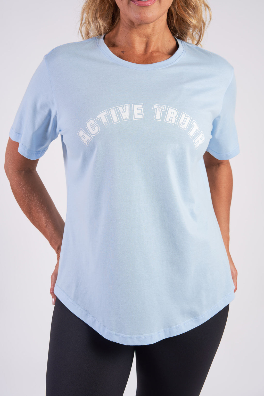 activewear-relaxed-crew-tee-organic-cotton-light-blue-large-front3