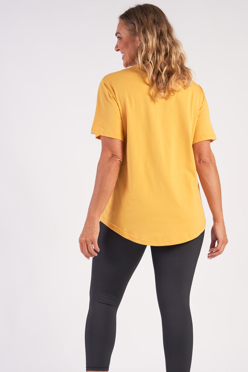 activewear-relaxed-crew-tee-organic-cotton-saffron-large-back