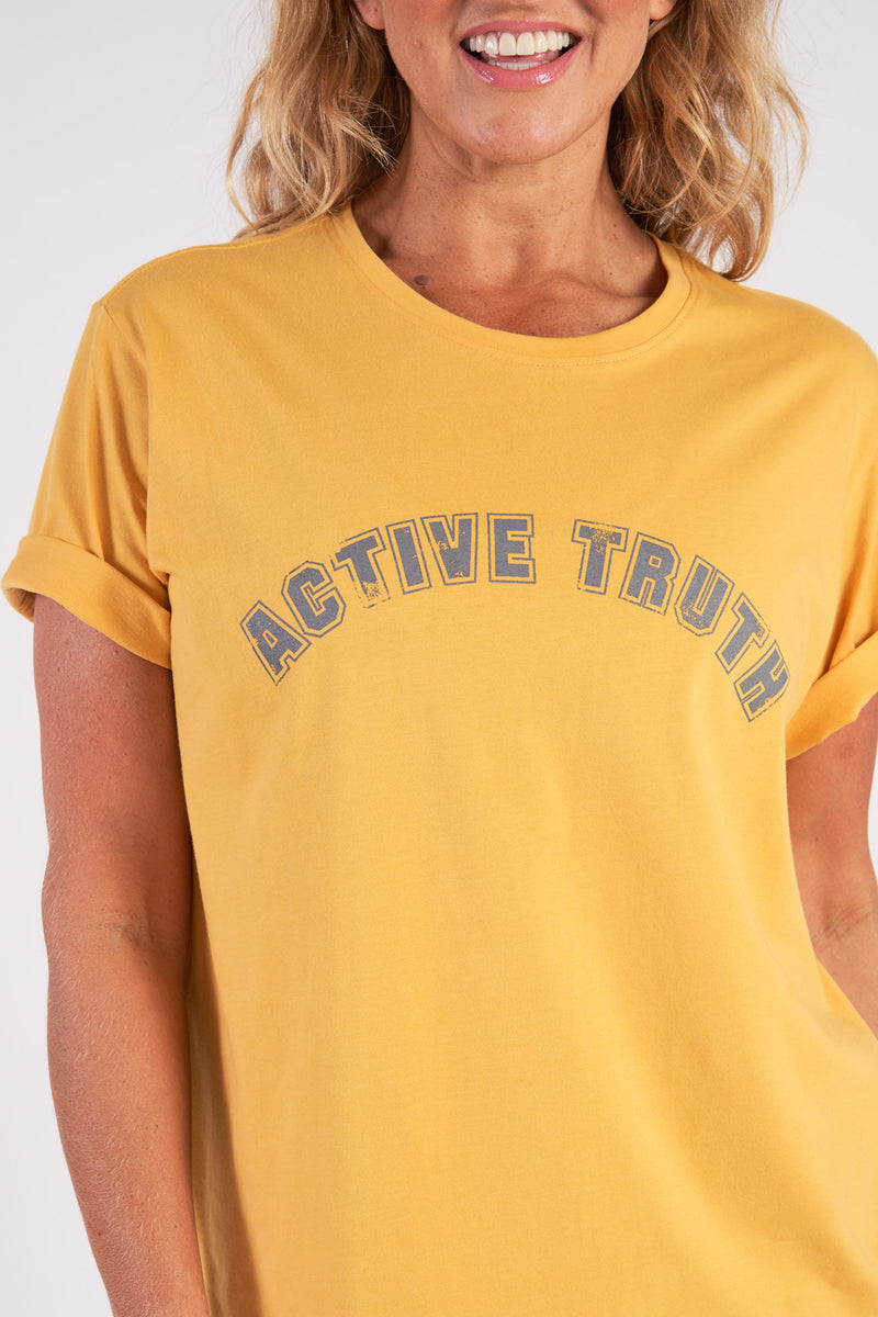 activewear-relaxed-crew-tee-organic-cotton-saffron-large-front2