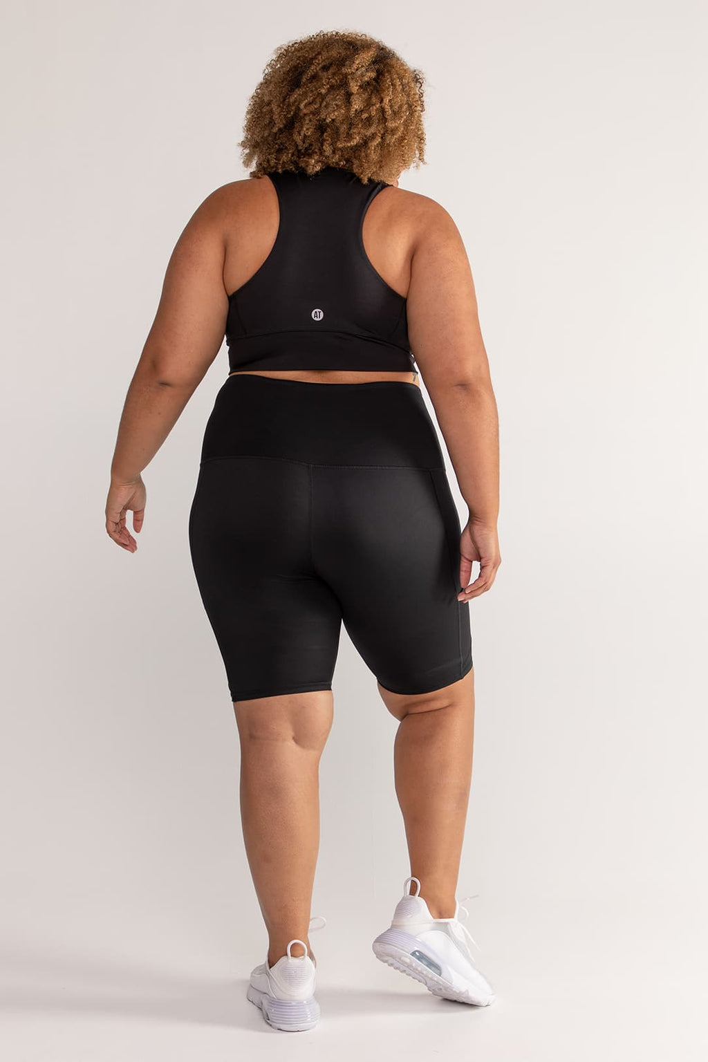 bike-short-compression-tights-black-plussize-back