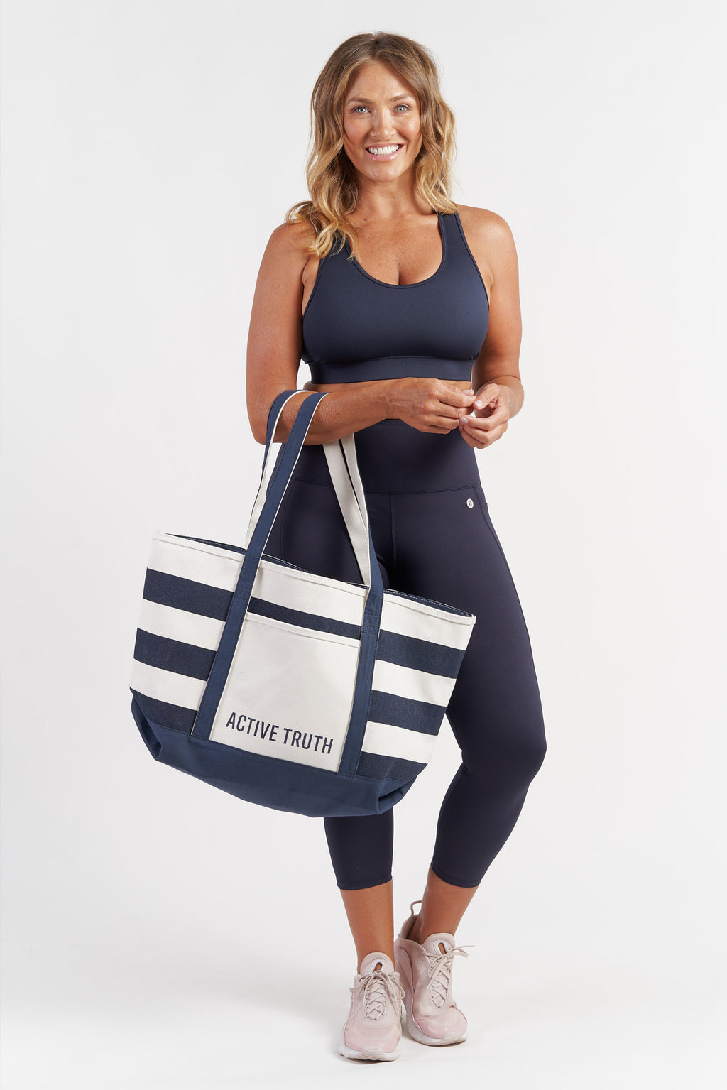canvas-large-tote-beach-bag-striped-model2