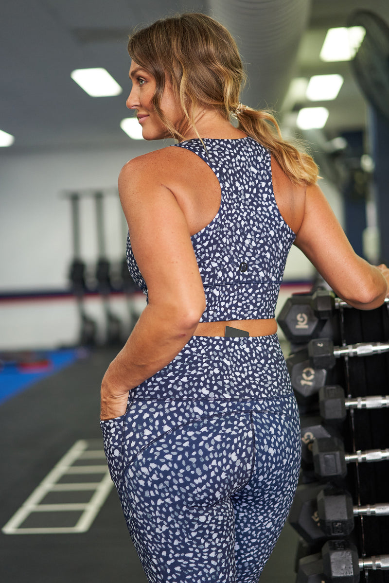 cropped-length-gym-tight-pebble-navy-large-back