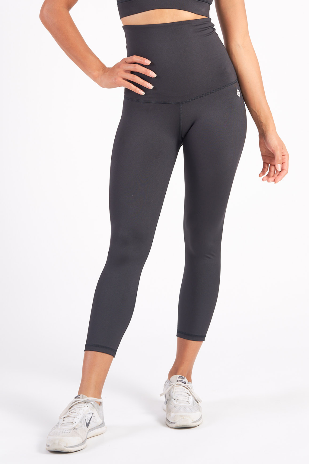 postnatal-recovery-tights-78-length-black-small-front2