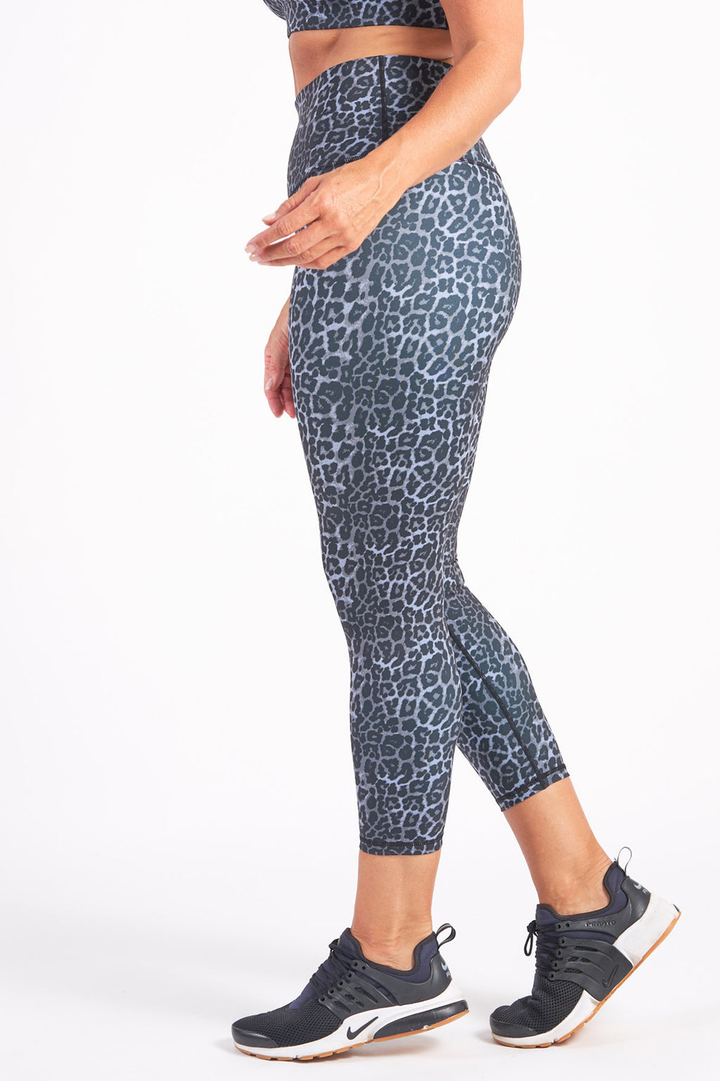 womens-exercise-tights-grey-leopard-large-side