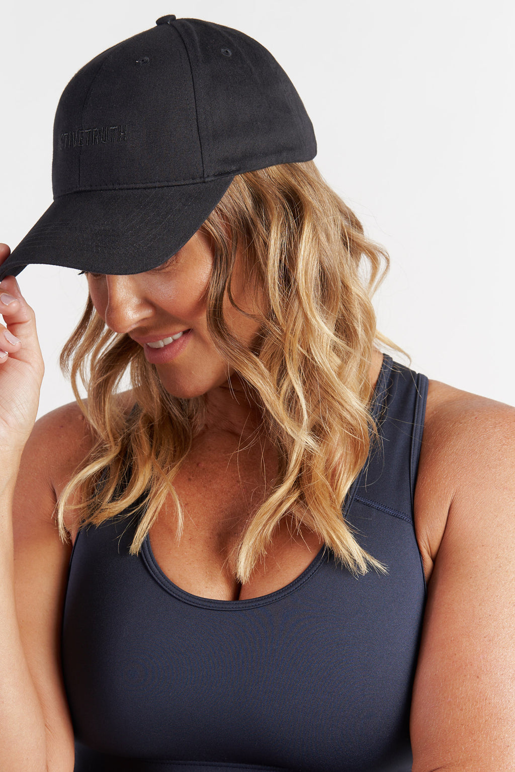 workout-cap-embroidered-hat-black-model2