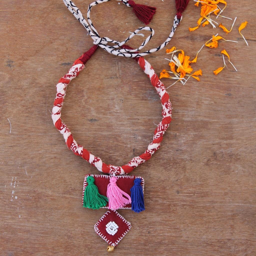 Multicolor boho necklace online at bebaakstudio.com