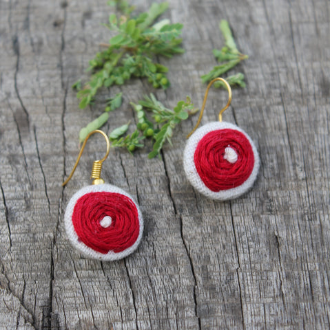 Rose embroidered ear stud