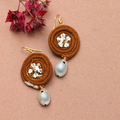 Mustard drop earring