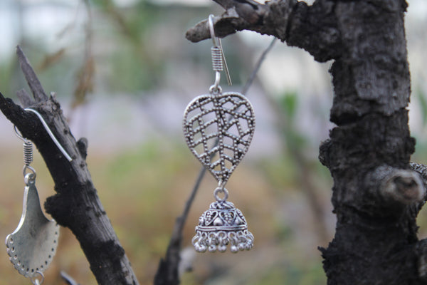 Earring: leaf motif with jhumka