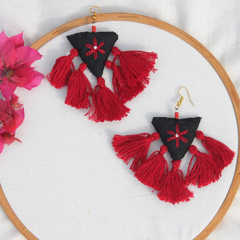 Maroon tassel quirky earring