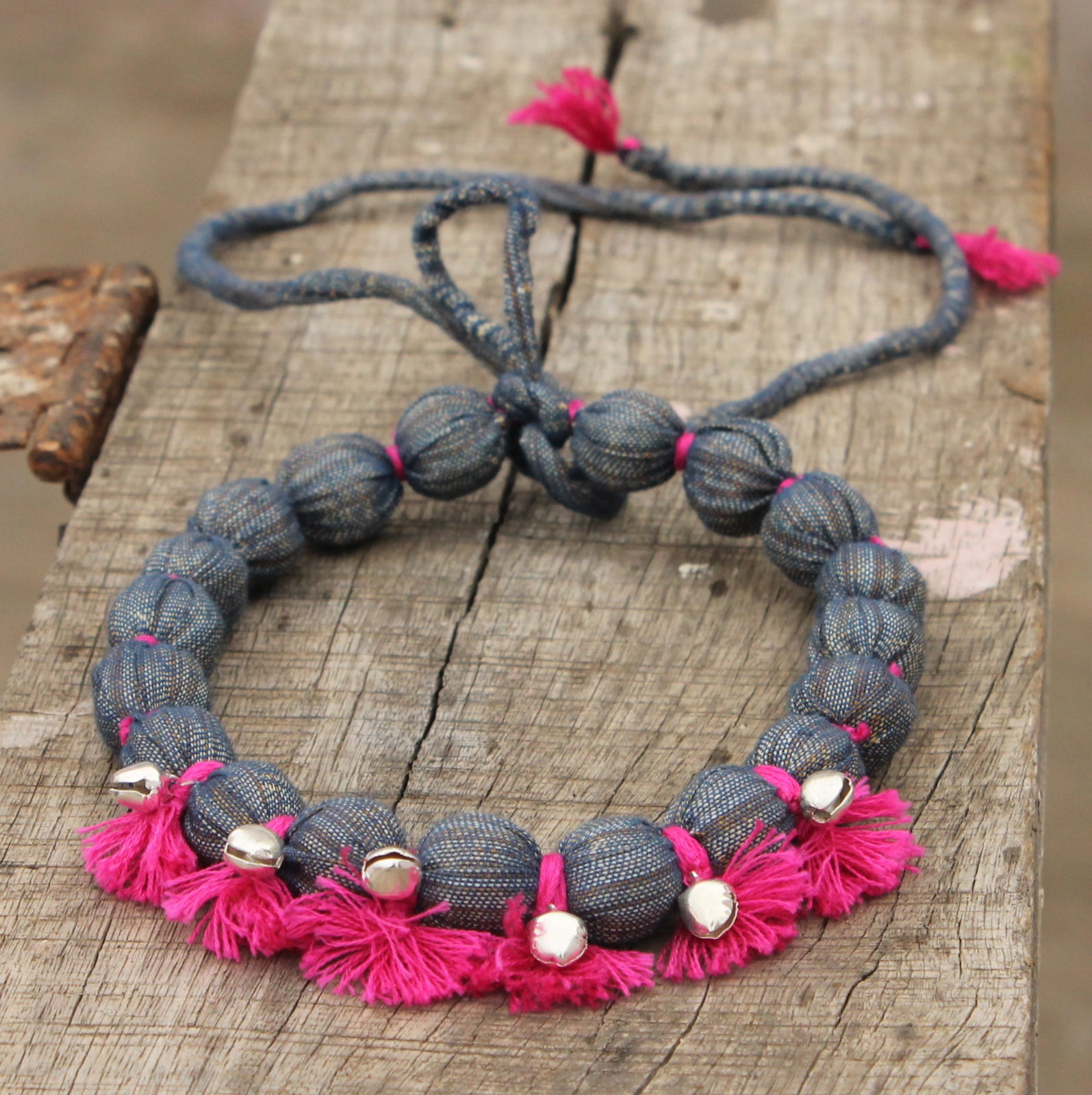Jhanjher grey pink tassel necklace