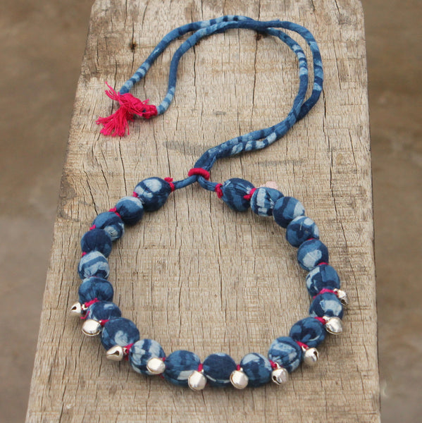 Jhanjhar indigo necklace