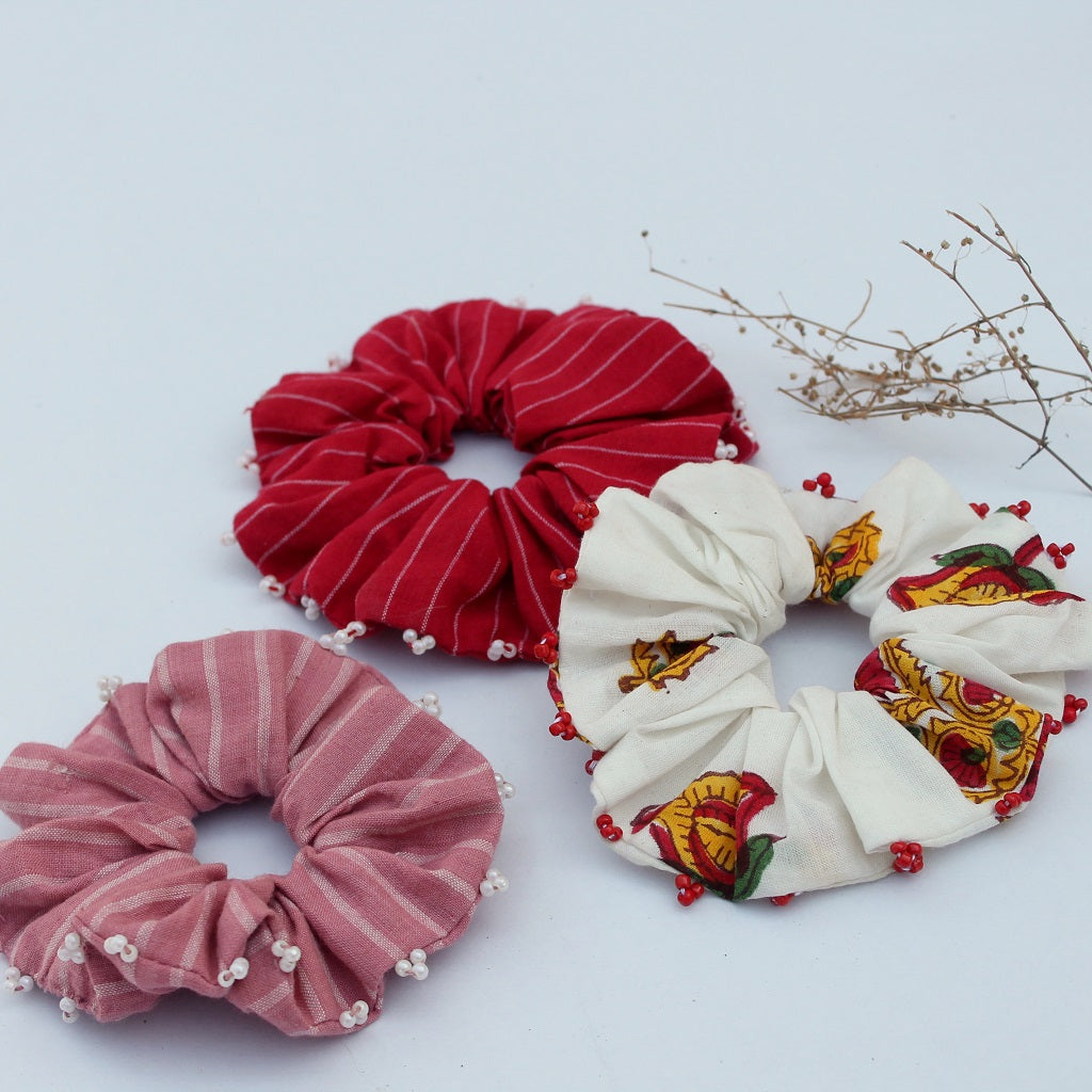 Valentine scrunchie online available at bebaakstudio.com