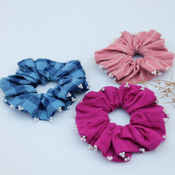 Cotton candy scrunchie online available at bebaakstudio.com