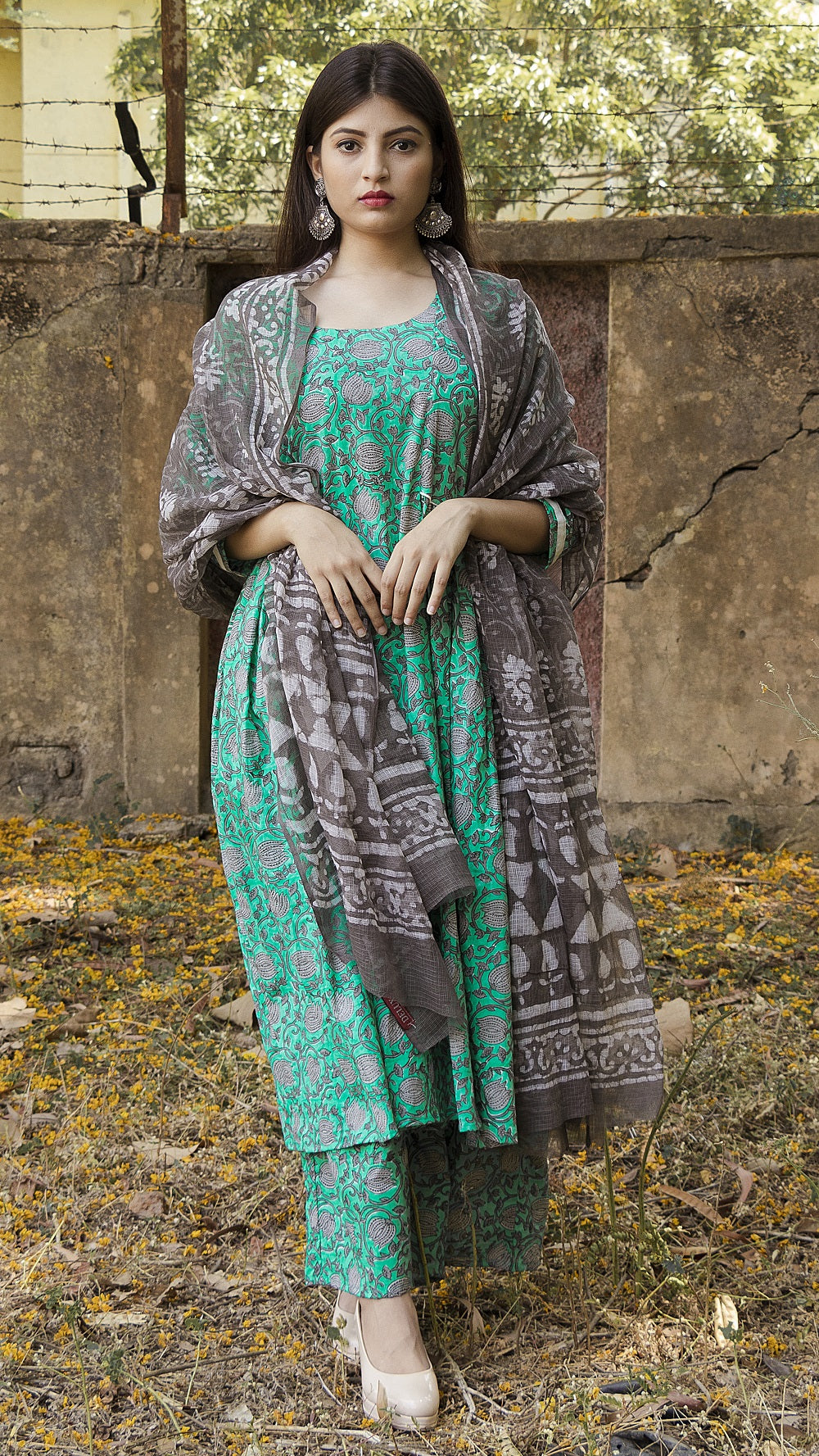 Block printed ocean green side gathered kurta & palazzo: Set of 3