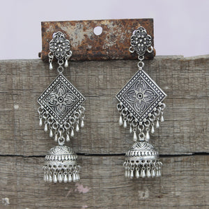 Shop silver earrings and jhumkas online at bebaakstudio
