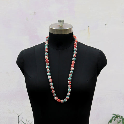 Green beads long necklace
