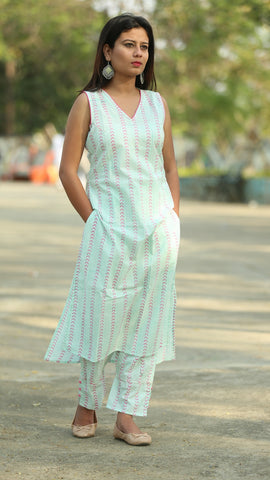 Pistachio sleeveless kurta and pant set
