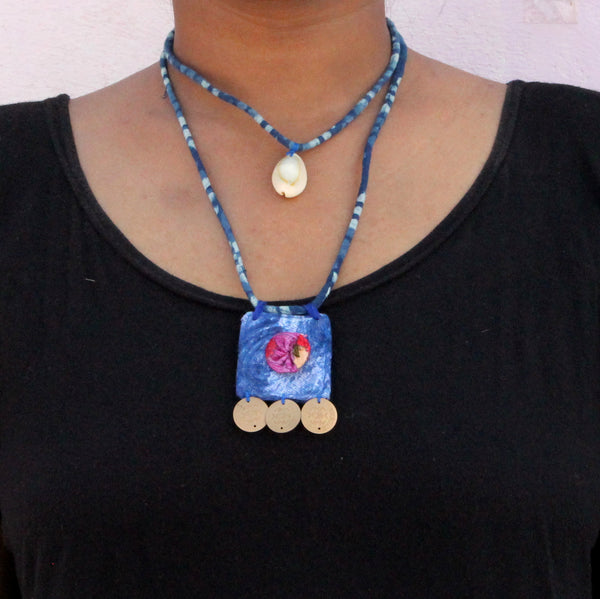 Indigo floral double layer choker