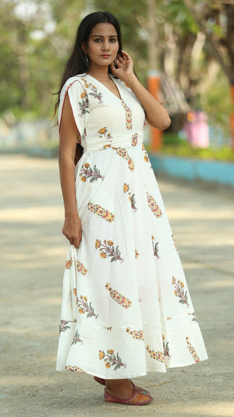 Mughal print off white long dress online at bebaakstudio.com