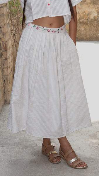 White cotton gathered skirt online at bebaakstudio