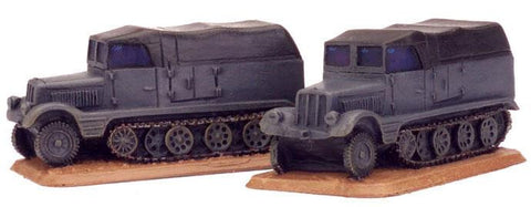 Sd Kfz 11 (3t) half-track, Two resin models
