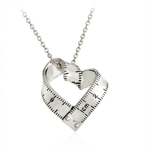 Beautiful Twisted Heart Shaped Ruler Necklace