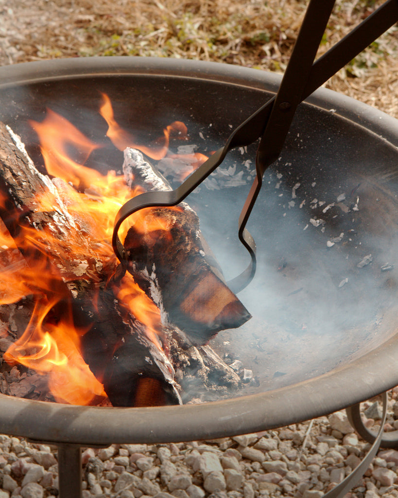 An adventure with the RC Sturdy Metal Scissor-Action Log Grabber for Campfire or Fireplace
