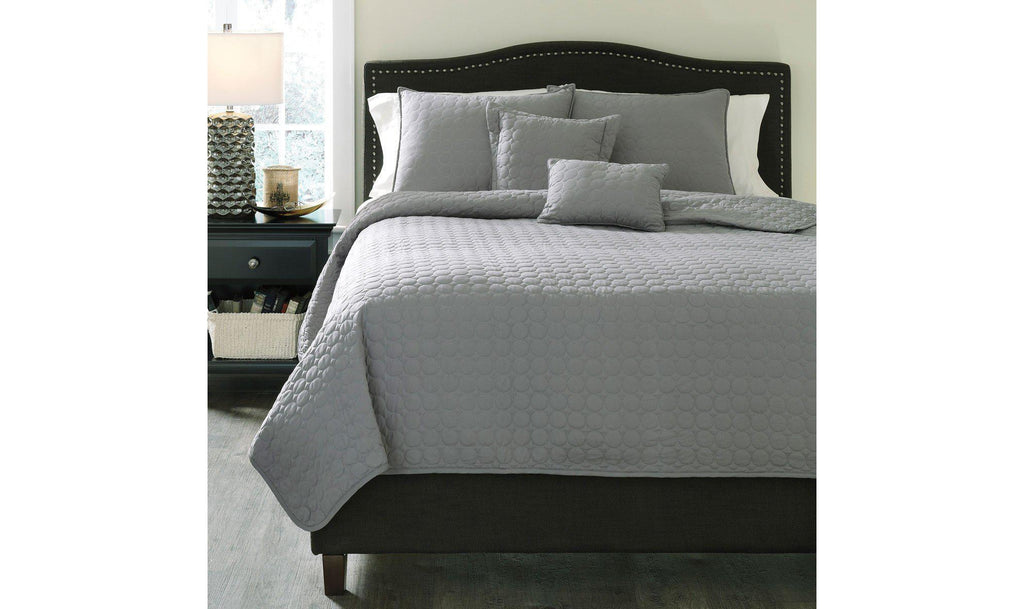 Lazen Coverlet Set