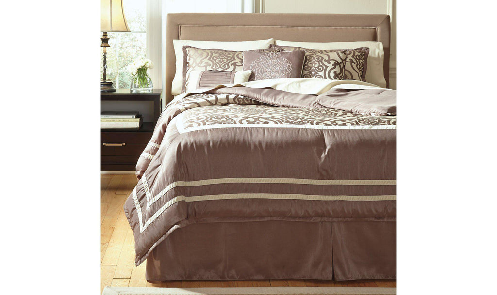 Baroque Fantastic Comforter Set