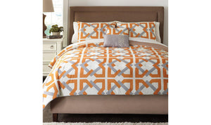 Zaya Comforter Set-Jennifer Furniture