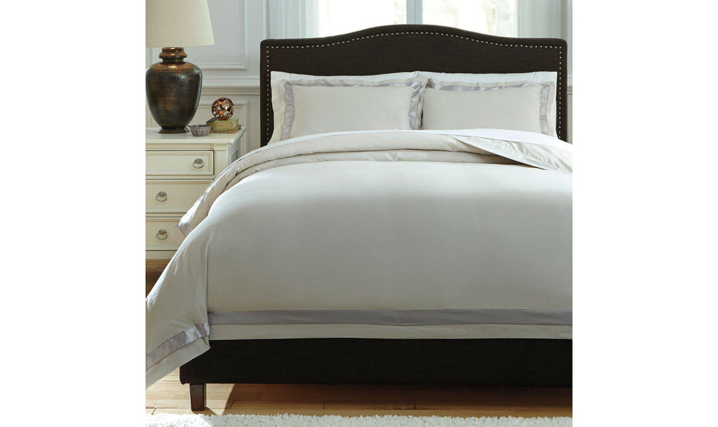 Farday Duvet Cover Set
