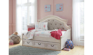 Realyn Day Bed Storage